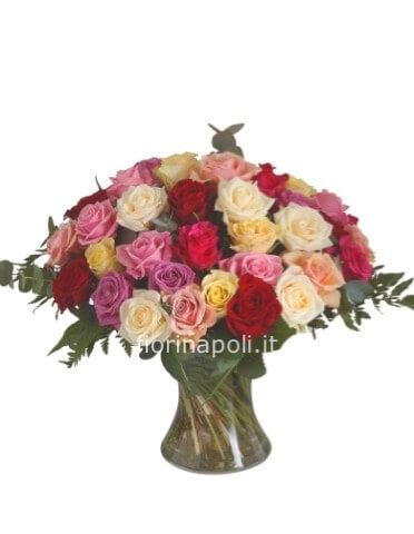 Mandare Fiori A Distanza.Bouquet Con Roselline Assortite Fiori A Napoli Invio Fiori A